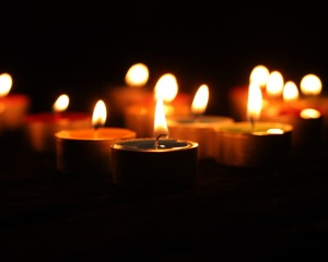 Candles Sway