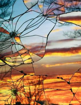 hclubcrackedsunset-art-glass-mirror-cracked