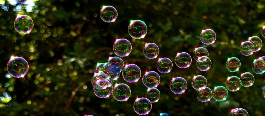 soap-bubbles-2417436_960_720